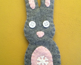 grey bunny snowflake felty