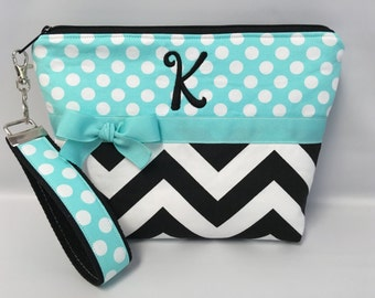 Chevron Wristlet Set .. ZIPPERED Pouch ..... Cosmetic Bag .. Key Fob
