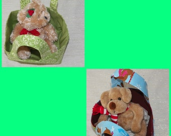 Happy Holiday Teeny Totes with Plush Toy Holly Bear or Sled Dog Your Choice of One