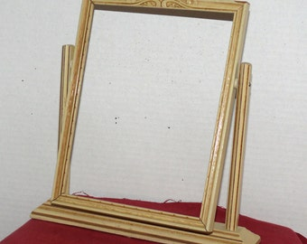 Vintage Swing Frame - Wood Picture Frame - 7 X 9 Inches - No Glass