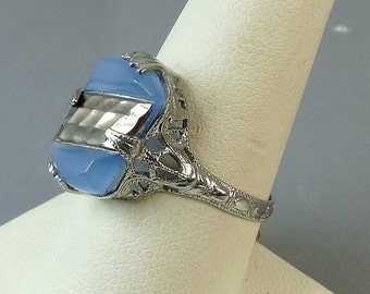 Vintage Art Deco Ring Silver Filigree Blue Glass