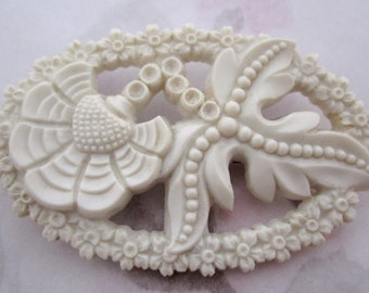 vintage carved celluloid art deco off white flower brooch pin - j6237