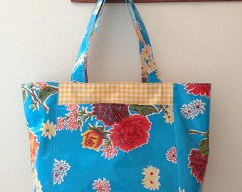 Beth's Big Blue Mum Oilcloth Tote Bag with Exterior Pockets