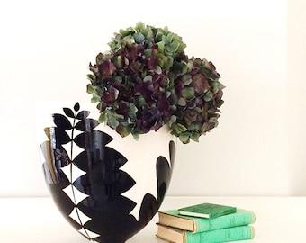 Handmade, Pottery, Large, Bowl, Leaf, Botanical, Graphic Pattern, Black