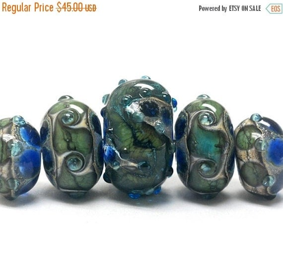 ON SALE 40% OFF Handmade Glass  Lampwork Beads - Five Graduated Deep Ocean Blue w/Silver Foil Rondelle Beads - 10406511