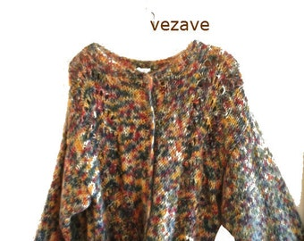 Luxurious vintage 80s multicolor mohair-wool blend hand knit sweater-cardigan. Made by Esse-Elle in Italy. Size L.