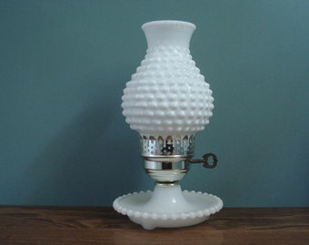 Hobnail lamp with large shade