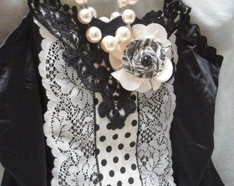 MidWinter Sale 20% Off TUNIC Top French Inspired, Whimsical Romantic Glam Girl Boho - Tunic - Black and Cream