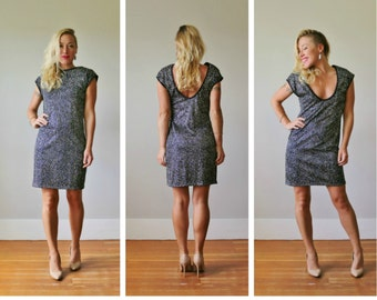 1980s Silver Dot Mini Dress >>> Extra Small to Medium