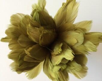 PRIMA GOOSE Feather, Moss Green  /  PR - 22
