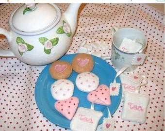 CHRISTMAS in JULY SALE play food, pretend food felt Tea with cookies and tea bags tea party birthday party