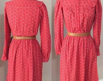 SALE 40% OFF Red Prairie Dress. boho Calico Lanz Dress, Hipster Secretary,