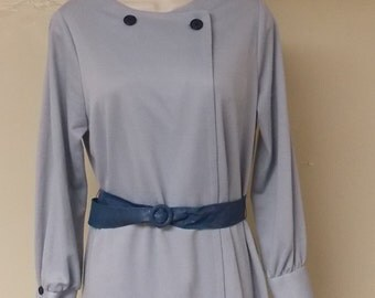 Vintage new old stock Toni Todd gray/blue dress buttons to left belt 16