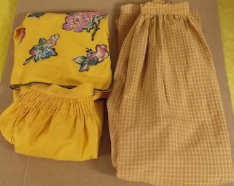 lot of 2 vintage long half aprons home made hand stitched