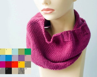 Circle Scarf, Custom Hand Knit Cowl Scarf, Chose Color,  Neck Warmer, Neckwarmer, Men's Cowl, Women's Cowl