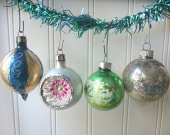 4  Christmas tree ornaments baubles balls Vintage Shiny Brite Poland  indented blue green silver mercury glass Holiday F3