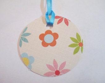 10 Handmade Round Flower Gift Hang Tags