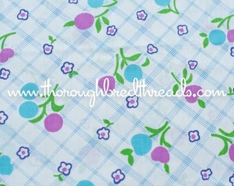 Daisies on Plaid  - Vintage Fabric 60s Juvenile Novelty Mod Floral