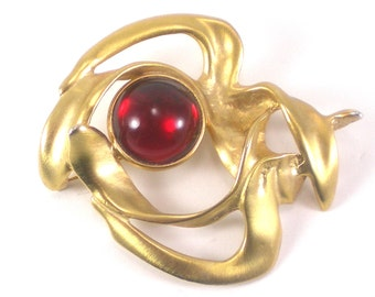 Large Abstract Brooch Pin - Gold Matte With Red Lucite Cabochon Setting - Vintage Jewelry