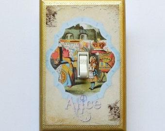 Red Queen Switch plates w/ MATCHING SCREWS- Arthur Rackham Alice in Wonderland wall art prints Alice wall decorations Red Queen switchplates