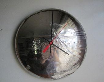 1940s Desoto Hubcap Clock no.2404
