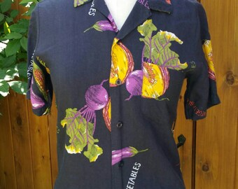 1970s Rayon Vegetables Blouse //Gorgeous Graphics!