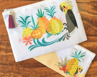 Pina Cosmetic Bag Set with Raspberry Tassel