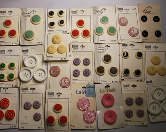Vintage Buttons on Cards- Button Lot- Scovill Mfg. Co. Spartanburg, SC- Notions Sewing Supply- Retro Colors- Made in Holland