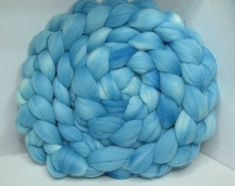 Merino 15.5 Roving Combed Top 5oz - Robin's Egg 1