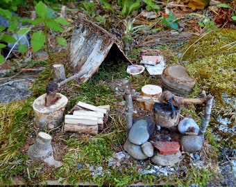 Woodland Fairy Camp, Mossy Forest Campsite with Tent, fireplace, accessories, Miniatures, diorama