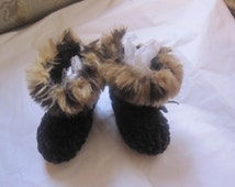 Black Velvet Chenille Faux Leopard Fur trimmed Baby Booties