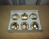 Vintage--Box Of 6--Shiny Brite--Christmas Ornaments--Gold With White Stencil Design