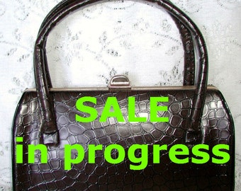 SALE ... Vintage Faux Alligator Brown Handbag