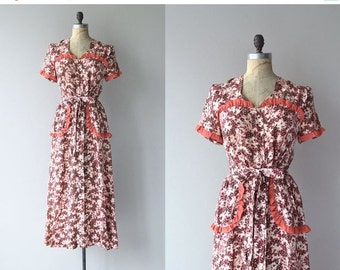 25% OFF.... Sweet William dress | vintage 1940s dress | floral print rayon 40s dress