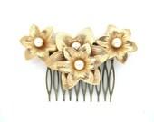 Vintage Sarah Coventry gold pearl vintage wedding bridal hair comb wedding hair accessories Downton Abbey wedding