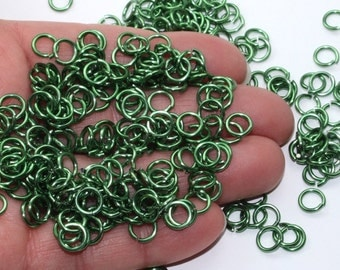 Green Jump Rings, Anodized Aluminum, 16 Gauge, 5.10mm ID, High Gloss 7.33mm OD, Saw Cut Chainmaille Rings
