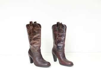 Vintage Brown Boots Size 8 Boots 90s High Heel Boots Brown Leather Boots Western Style Heel Chestnut Brown Boots High Heel Cowboy Boots sz 8