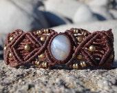 Agate Macrame Bracelet | Protection Stone | Micro-Macrame | ethereal unisex healing crystal