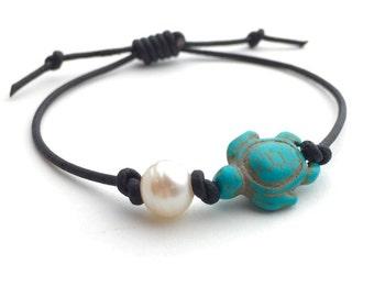 Surfer Bracelet. Freshwater Pearl, Turquoise Turtle, Black Leather Unisex Jewelry. Adjustable.