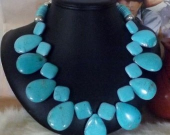 Stunning Southwest Magnesite and Turquoise Petal Necklace