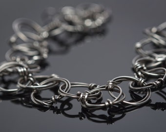 Sterling Silver Organic Twisted Circle Chain Necklace