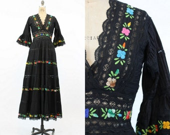 60s Dress Mexican Wedding Small / 1960s Vintage Boho Embroidered Cotton Dress / Valencia Dress