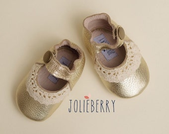LUCY Gold Baby Shoes in Genuine Leather