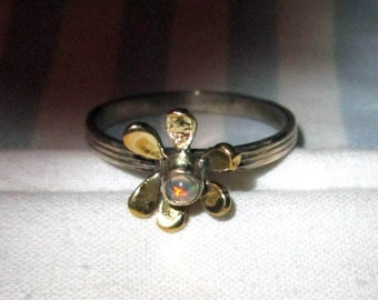 RING - Genuine - FIRE OPAL  - Carved -  Flower - Two tone - Delicate - Sterling Silver - Size 8 3/4  opal338