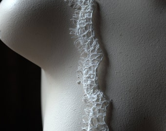 SAMPLE Alencon Scalloped Eyelash Lace Trim in IVORY for Bridal Veils, Gowns AL 2ivory
