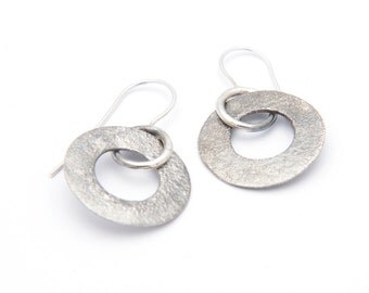 Reticulated series earring