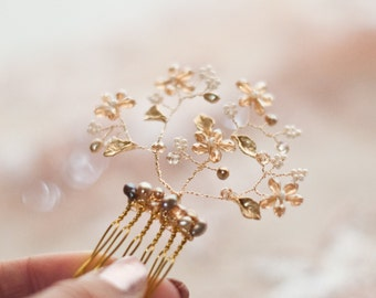 Bridal crystal beaded hair comb, Blush, champagne gold wedding hair piece, Pink Freshwater Pearl, crystal on wire branches wedding hair vine