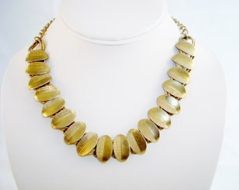 Vintage Goldtone  Necklace/ Choker