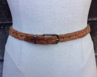 Braided Leather Belt Brown 1950s Woven Small Cinch Women's size 22 23 24 25 26