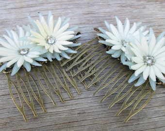 Vintage Blue White Flower Haircombs Set, Upcycled Cornflower Daisy Hair Combs